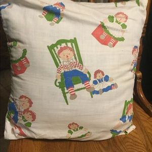 Raggedy Ann and Andy pillow case w/ pillow